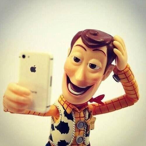 woody-selfie